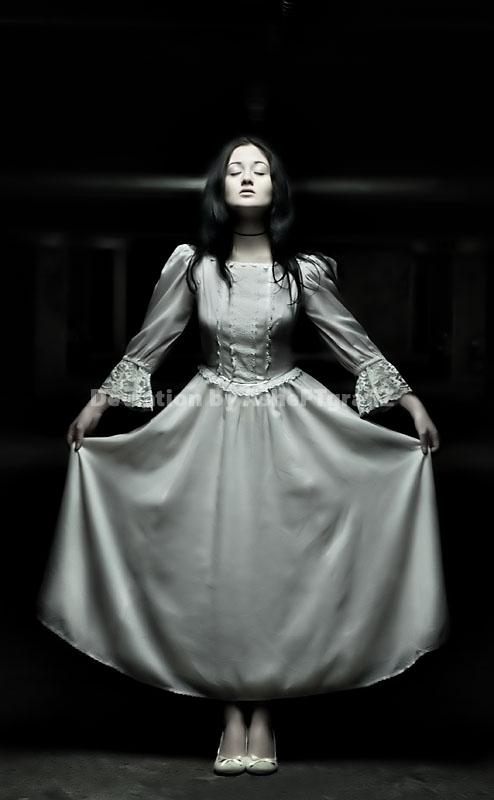 do dolls have dreams too ? by AsHeFTgrafiZ