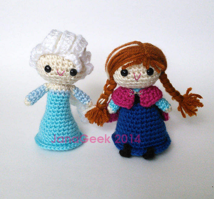 Amigurumi Elsa Ve Anna : Frozen Elsa and Anna inspired amigurumi dolls by janageek ...