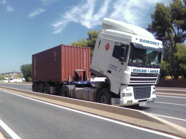 Nueva campaña de vigilancia de la DGT: Señalizar vehículos averiados