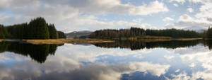 Loch Laggan Panoramic by Rentapest
