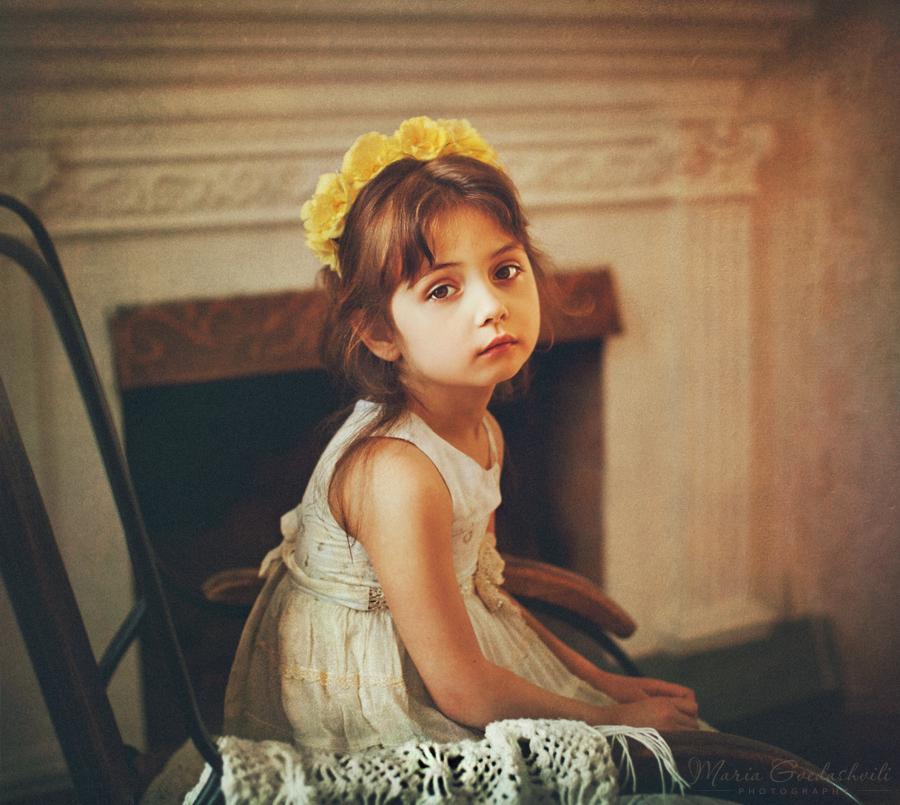 Elle by Daizy-M