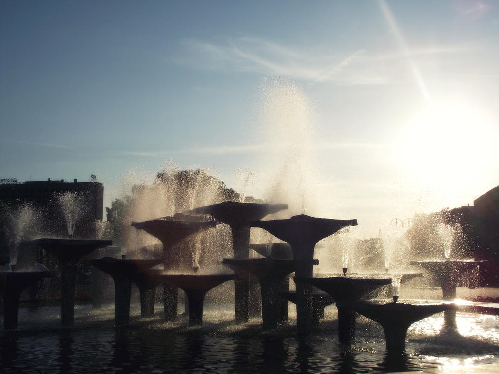 fountain by TessiArt