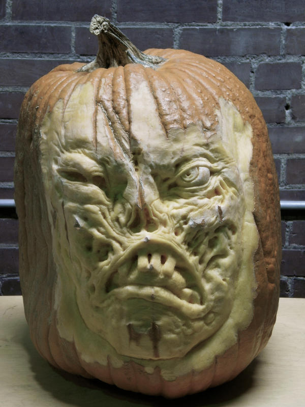 pumpkin carving 6 by Cissell