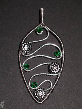 Slytherinish pendant