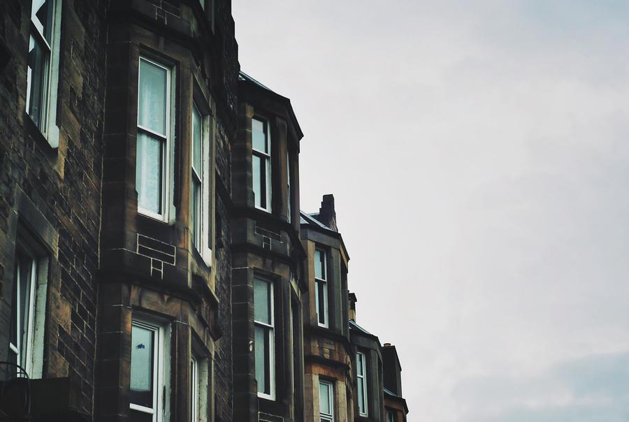 Edinburgh 2 by LeaLion
