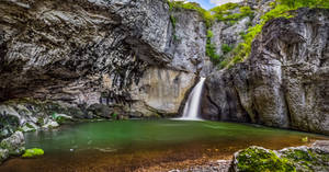 Waterfall Momin skok