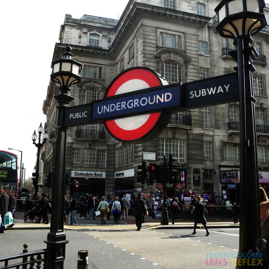 London underground by technicolourlensrflx on deviantart - Boutique vintage londres ...