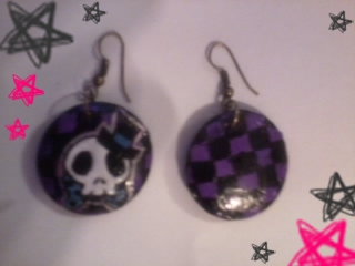 Skull Earrings by xMidnight-Dream13x