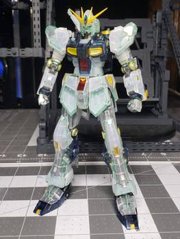 Nu Gundam - Clear Color