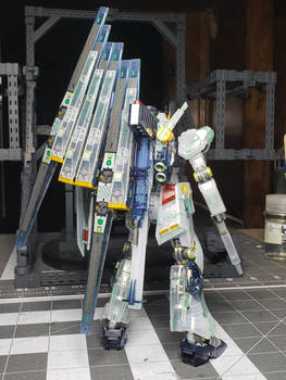 Nu Gundam - Clear Back