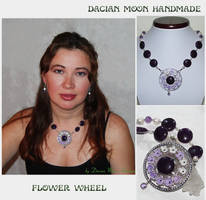 Flower Wheel necklace