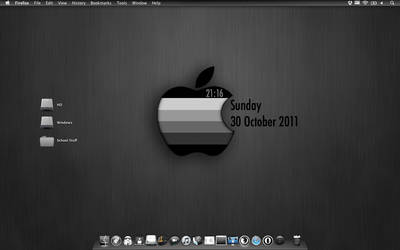 Greyscale Apple by ZookMechanic