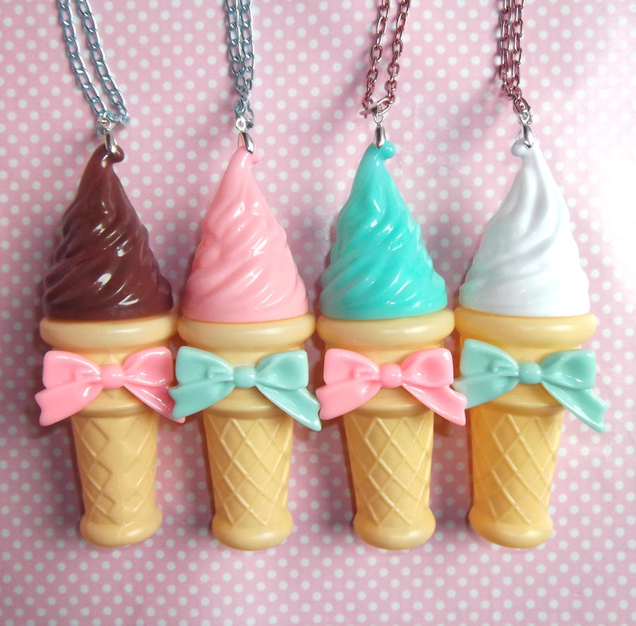 Ice Cream Cone Wallpaper: Kawaii Giant Ice Cream Bubble Blower Necklaces By