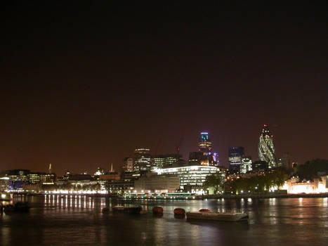 Thames river at night