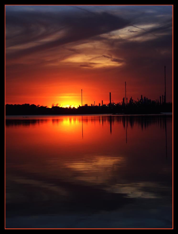 Distant Glow by BMyValentine