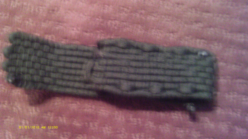 Paracord pouch by krruegemer3 on deviantart for Paracord wallpaper