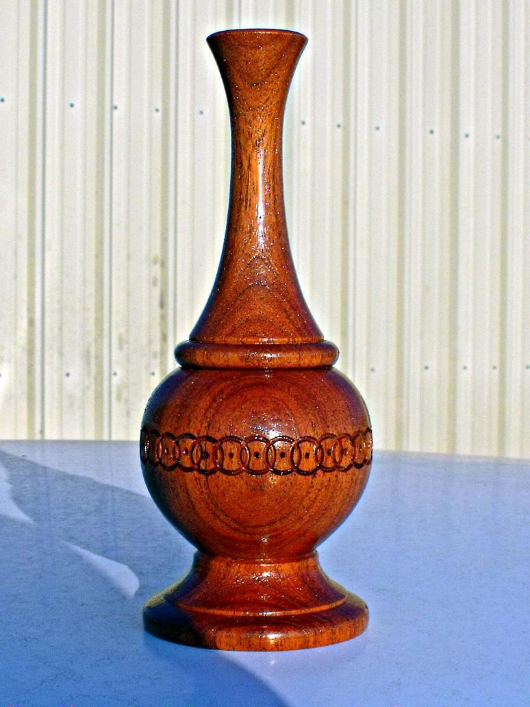 Eternal Circle Vase by sakuraknight2000