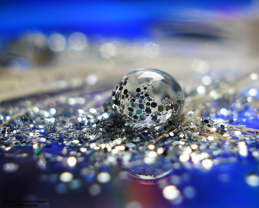 glitter drop by lindahabiba