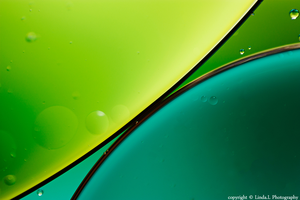 oil and water abstract by lindahabiba