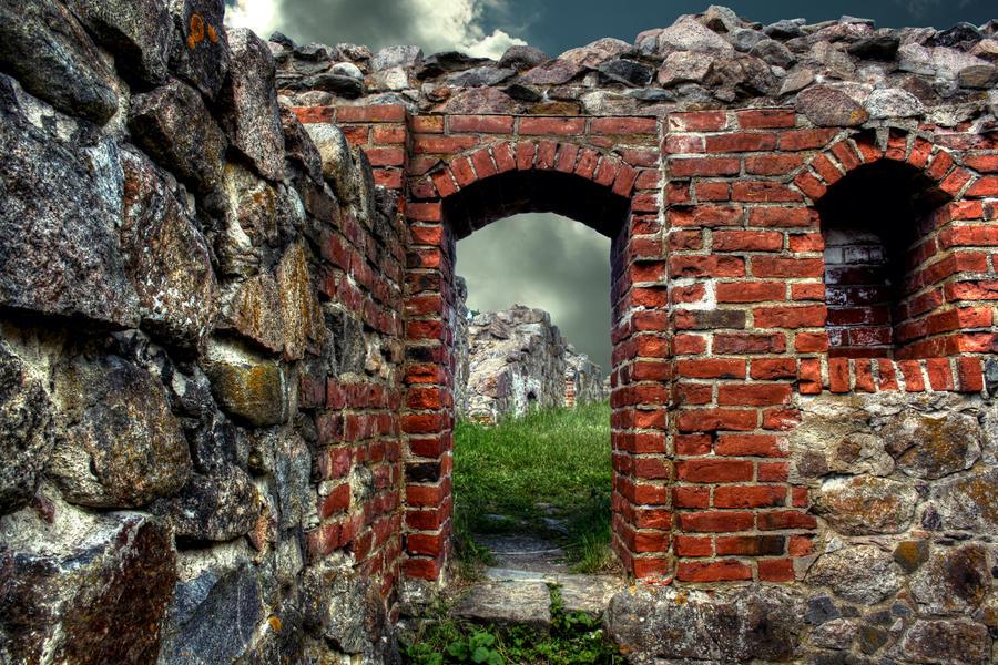 Kuusisto castle ruins HDR by alelar