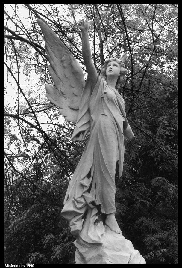 Highgate Angel by misteriddles