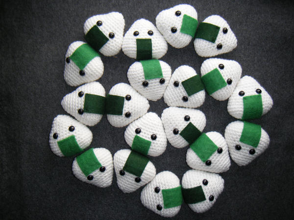 Onigiri Amigurumi by EffyCrush on DeviantArt