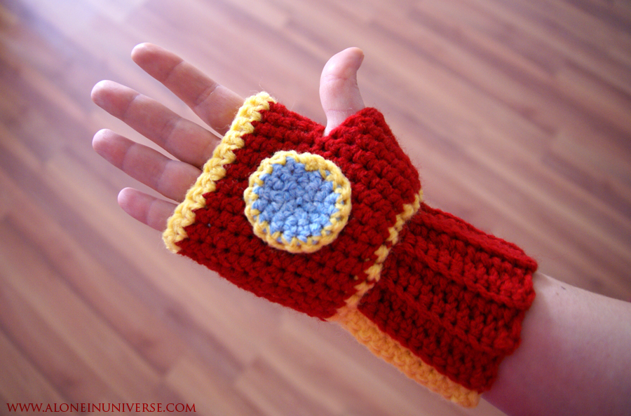 Crochet Ironman Glove by AloneInUniverseArt on DeviantArt