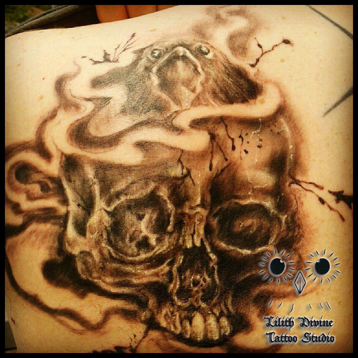 tattoo skull and raven by lilithdivine tattoo on deviantart. Black Bedroom Furniture Sets. Home Design Ideas