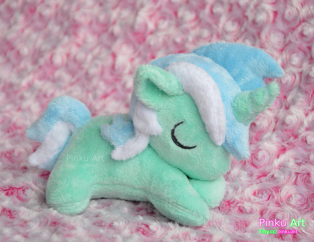 Sleepy filly Lyra plushie