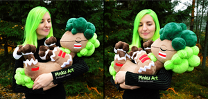 Holding the Bushboosky plush I Crystal Monsters