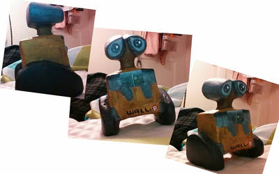 WALL-E Sculpture by juliej97