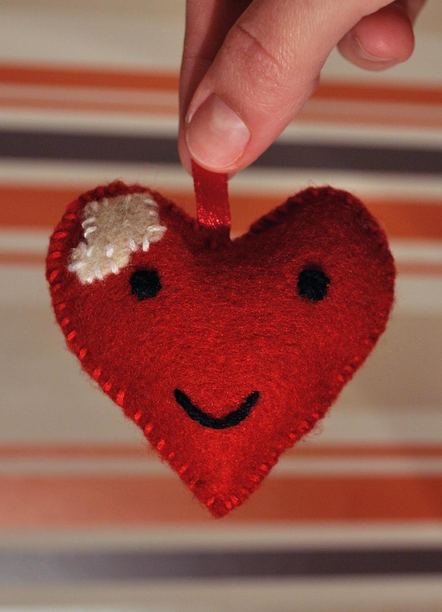 Mended heart wallpaper