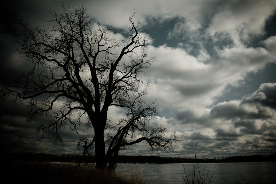 Darkness Falls by quasi-Virtuoso