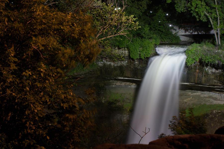 Minnehaha Falls by quasi-Virtuoso