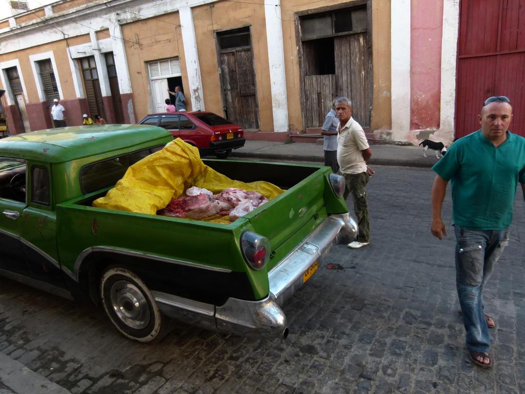 Cuba . Meat car by utico