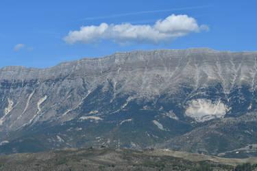 Mount Lunxheri by utico