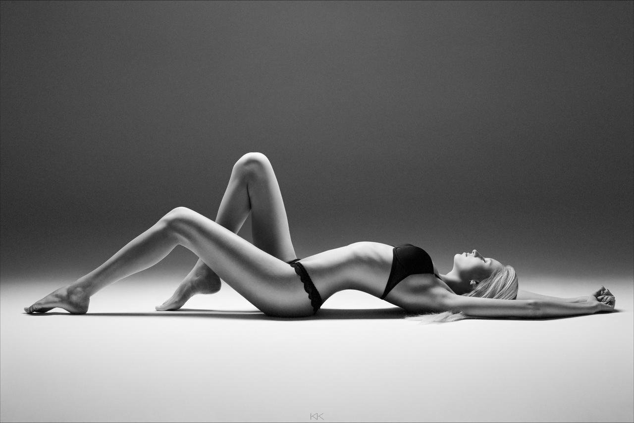 Body lines by kkonst