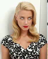 Amber Heard by hwnballa4lyf