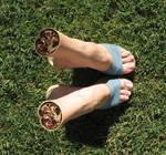 Feet manip 70a