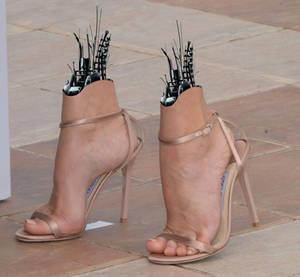 Celeb Cannes feet 1