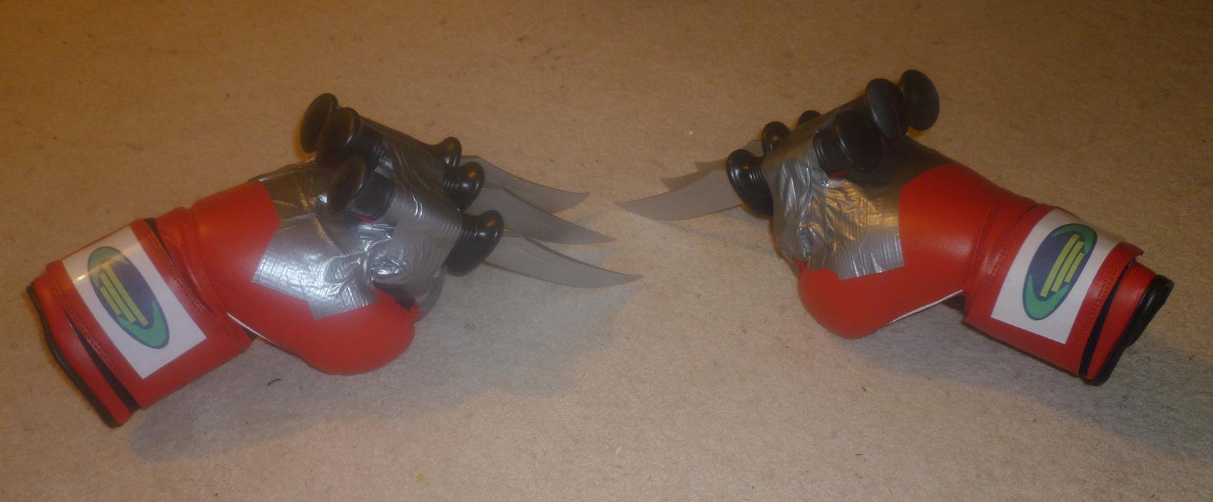 Knife Gloves by RedDevil00