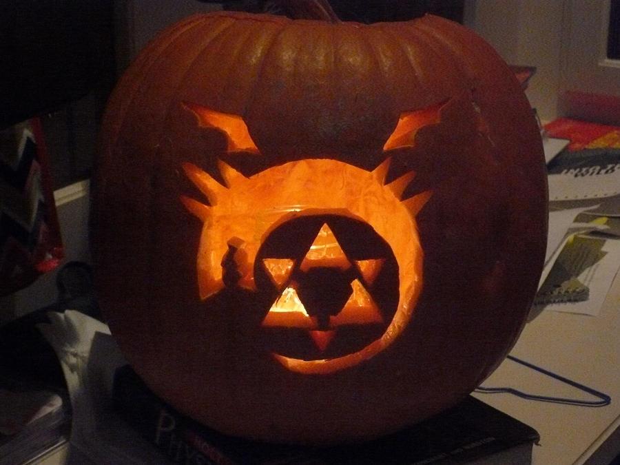 Ouroboros Pumpkin -fma- by serenarockbell