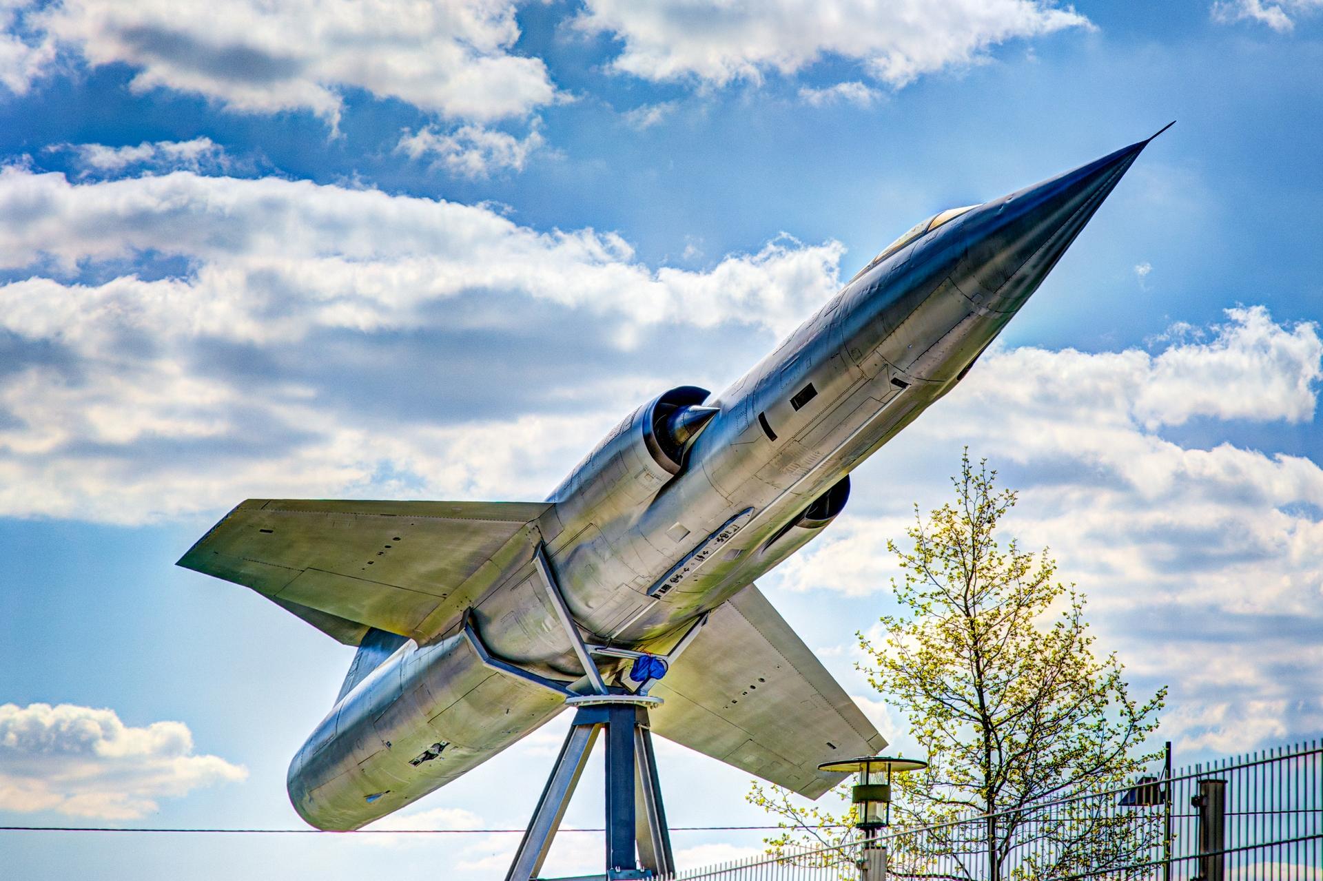 Starfighter by mib4art