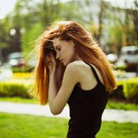 Sunny Vika by emptyredhead