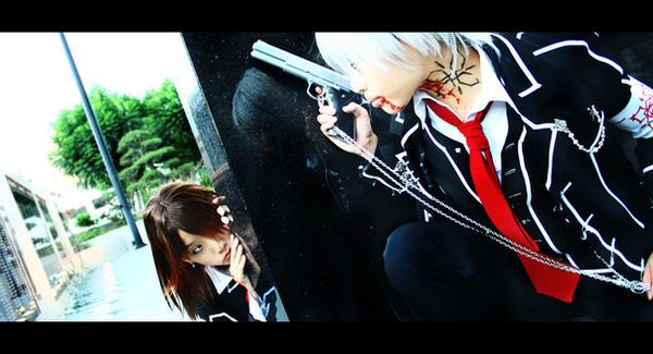 Photos de beaux cosplay (perso feminin) trouvés sur le net - Page 2 Vampire_Knight__Peak_a_Boo_by_Akusesu
