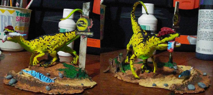 JP Dilophosaurus display