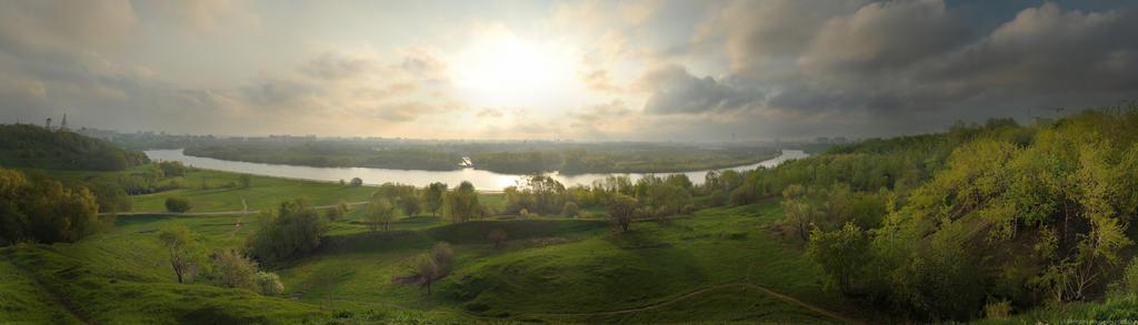 Kolomenskoye Sunrise by Demanksin