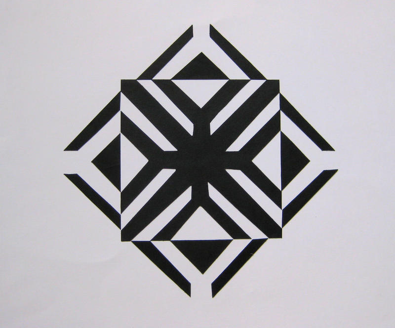 Symmetric Designs Free Form