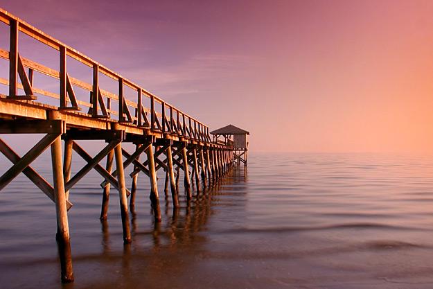 Mississippi Pier by SergeLeBlanc