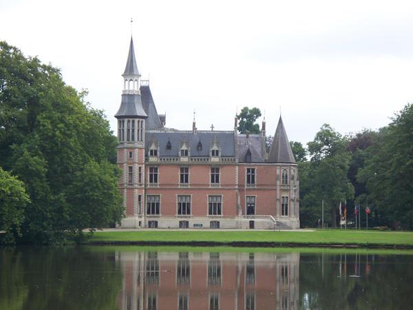 castle aartrijke by AzurylipfesStock